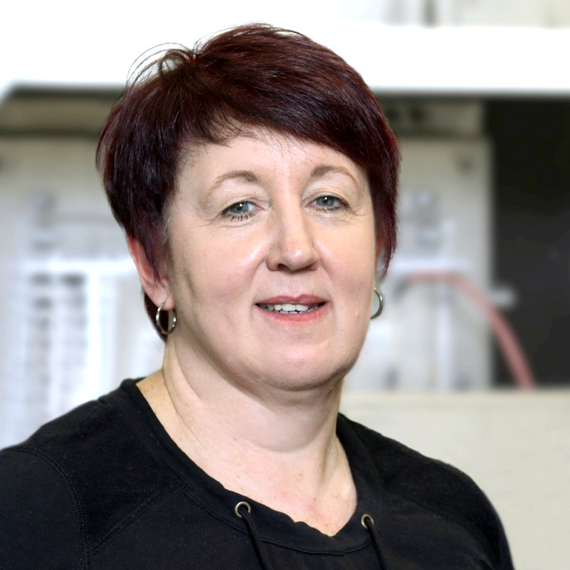 Ursula LeistenCustomer service